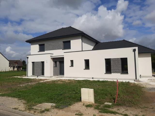 Construction HABITAT PICARD sur vide sanitaire, combles aménagés à Méaulte (80)